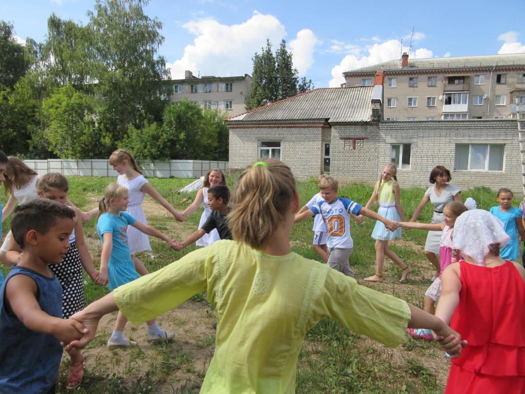 Сценарий для школьного лагеря закрытие